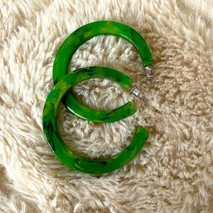 Green Marbled Hoops •BUNDLE ME & I'M FREE•
